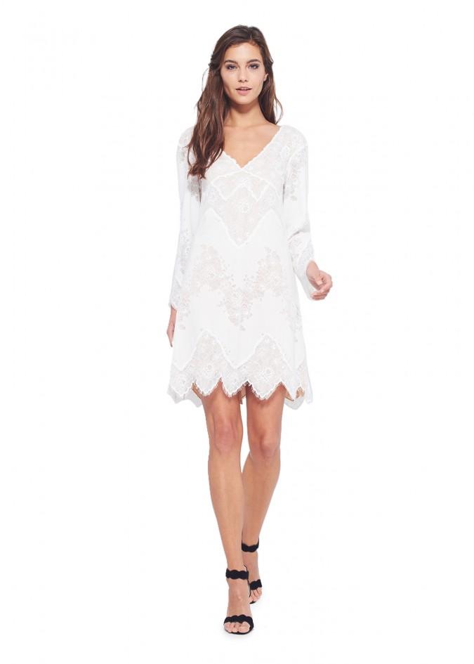 白色蕾丝V领长袖连衣裙