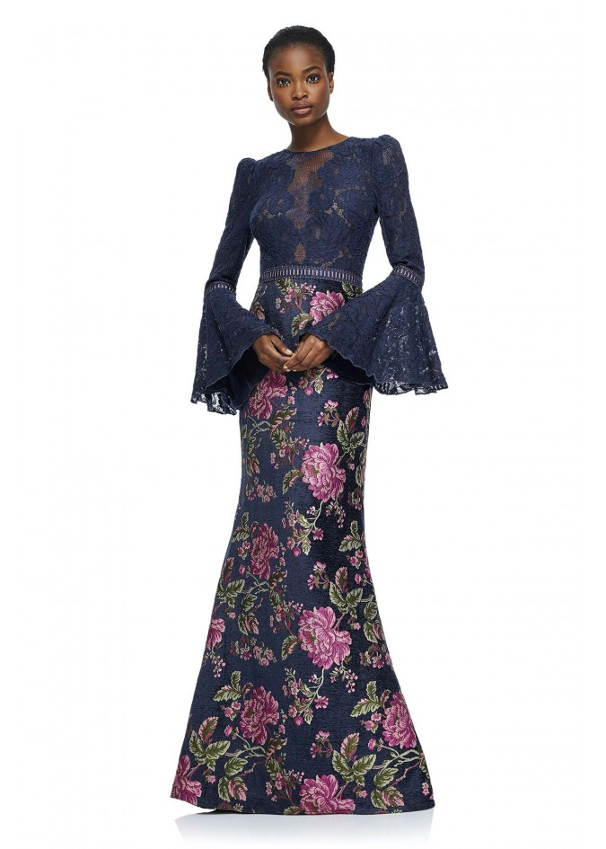 蕾丝提花拼接喇叭袖长裙