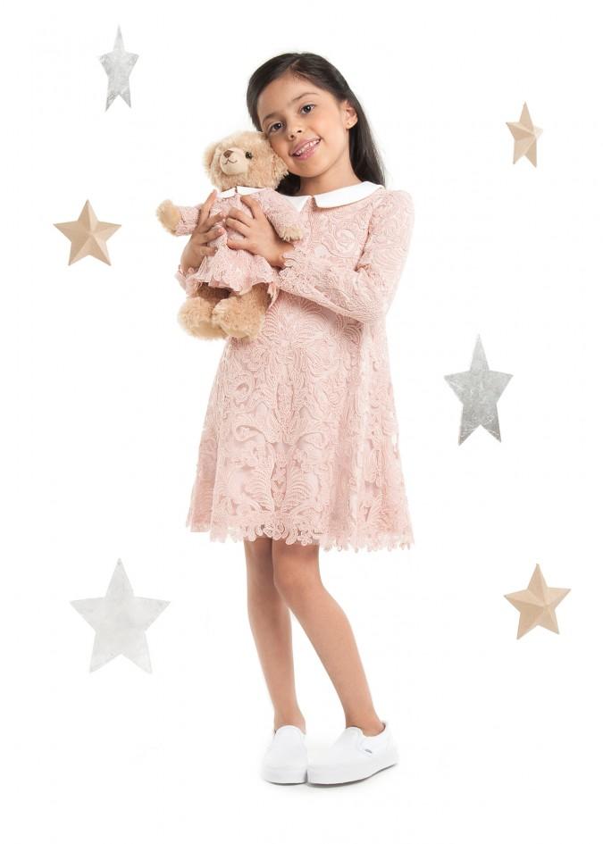 粉色大丽花连衣裙
