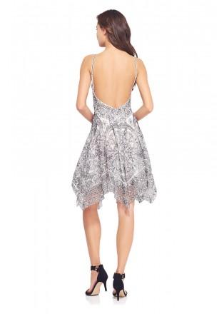 黑白蕾丝挂脖连衣裙