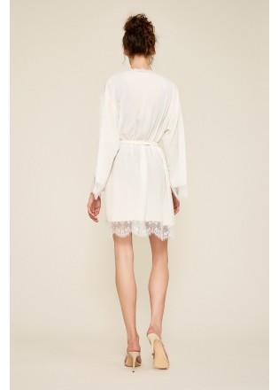 蕾丝装饰唯美睡袍