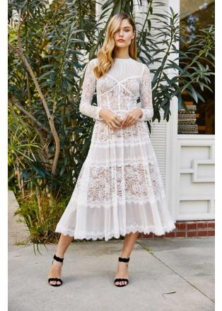 绣花蕾丝几何镶条摆浪连衣裙