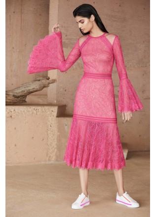 蕾丝喇叭袖鱼尾连衣裙