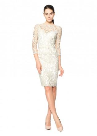 绣花蕾丝腰带装饰直身连衣裙