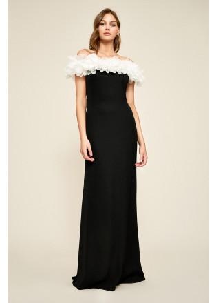 立体花朵装饰露肩长裙