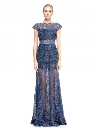 图腾蕾丝镂空长裙