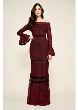 绣花蕾丝露肩喇叭袖长裙