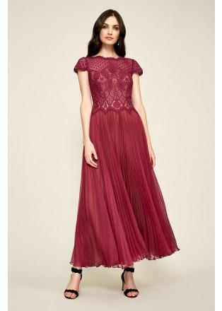 蕾丝压褶摆浪连衣裙
