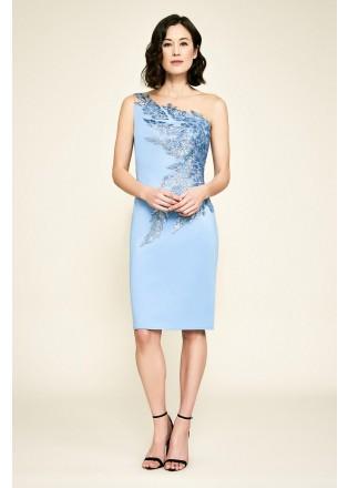 珠片绣花蕾丝斜肩连衣裙