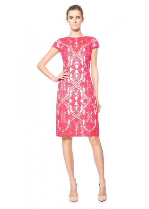 棉线绣花网纱船领盖袖连衣裙